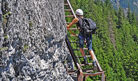Klettersteig Pinut : Klettersteig pinut historischer bei flims