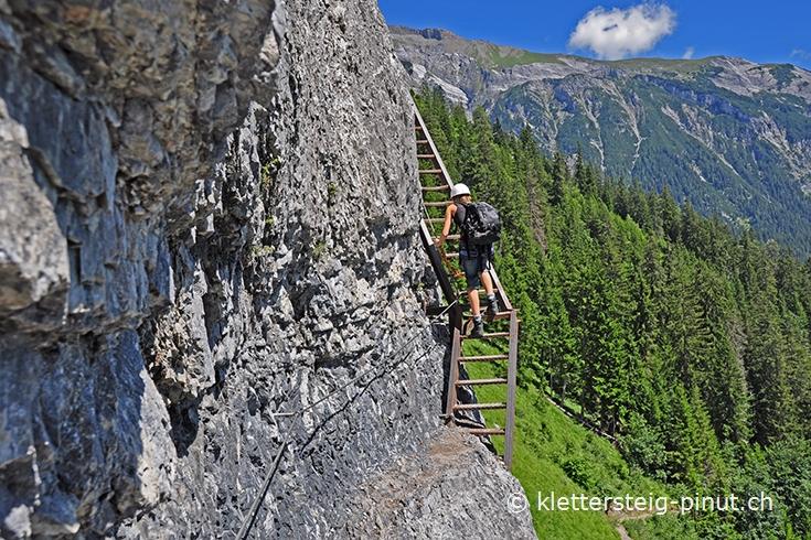 Klettersteig Pinut : Klettersteig pinut einstieg