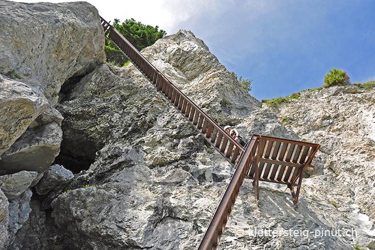 Klettersteig Pinut : Klettersteig pinut felsstufe einstieg